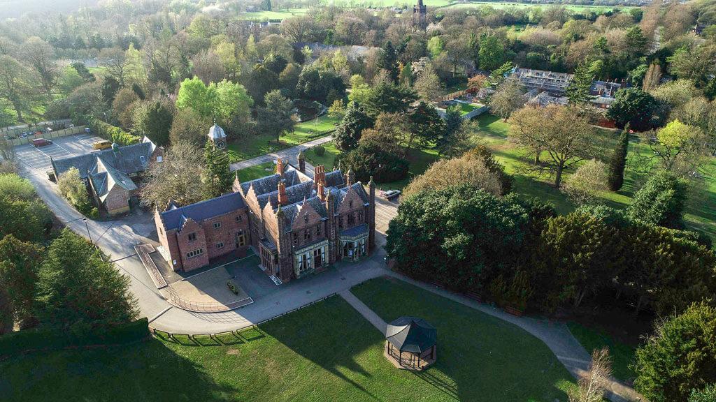 Safe to Travel - new award for Walton Hall and Gardens