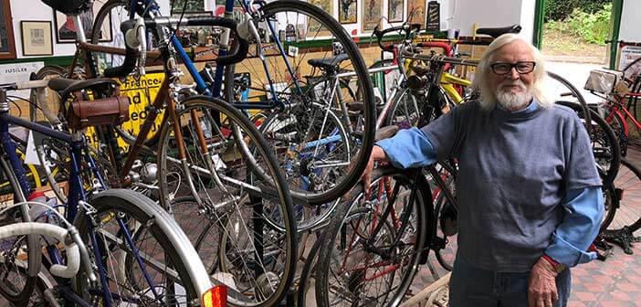 Paul looking proud at his new cycle acquisition