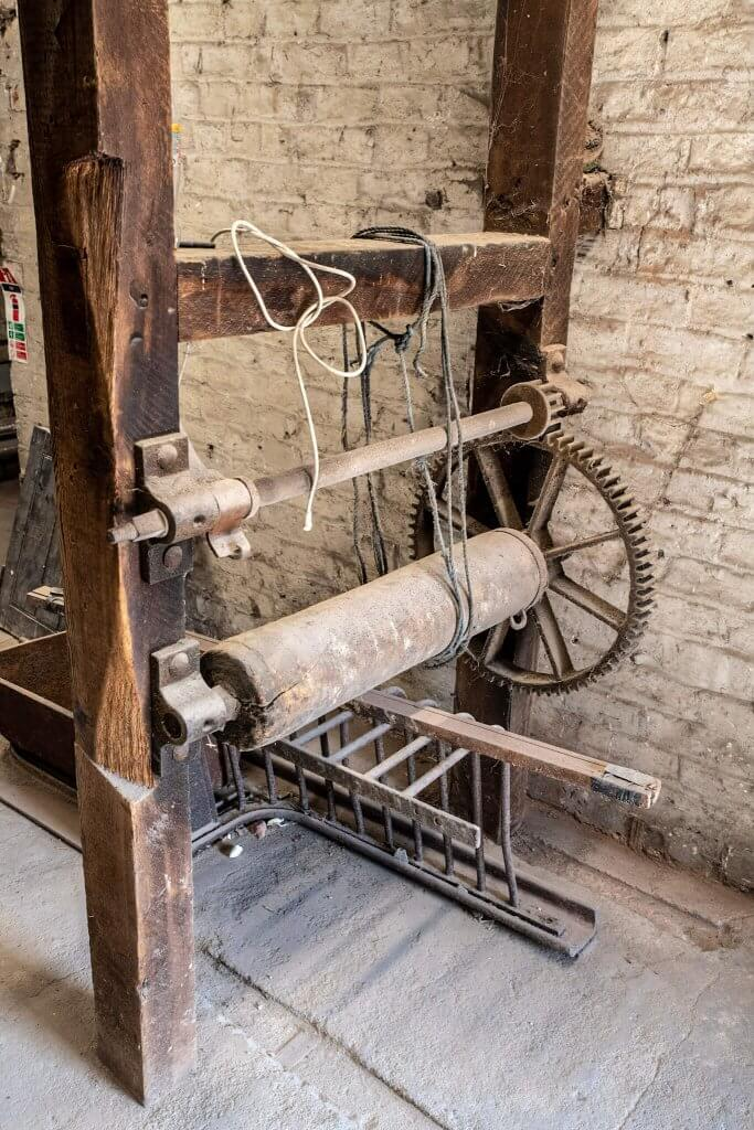 Part of the glasshouse restoration gallery - a picture taken by Andy Gilbert of and old cotton spinning machine