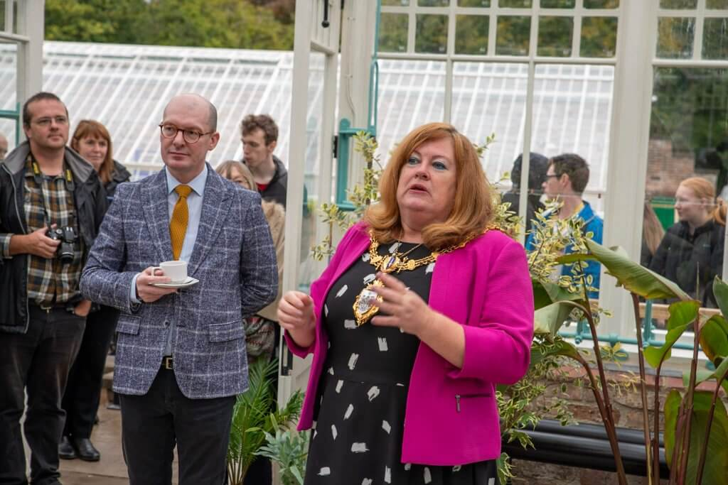 Councillor Higgins and Mayor Wendy Johnson at the glasshouses opening ceremony