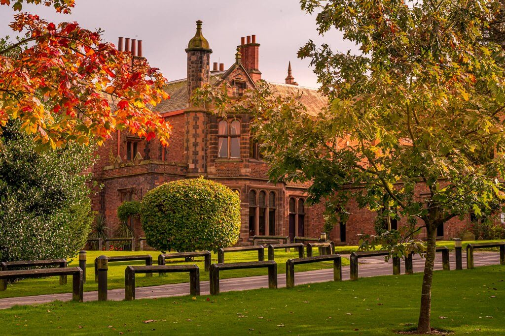 Walton Hall looking stunning in the autumn sunshine